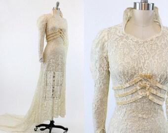 30s Wedding Dress XXS / 1930 Vintage Lace and Velvet Bridal / Winter's Bride Dress