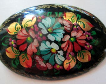 Vintage Russian Lacquer Floral Brooch Pin, Vintage jewelry Russia- unique gift under 15