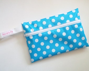 """7.5"""" x 5"""" Wet Bag Pouch - Blue & White Polka Dots PUL - Water Resistant Zipper Pouch for Pad Storage"""