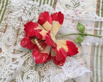 Vintage Enamel Flower Pin/Brooch
