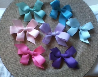 Simple Bow With Tails