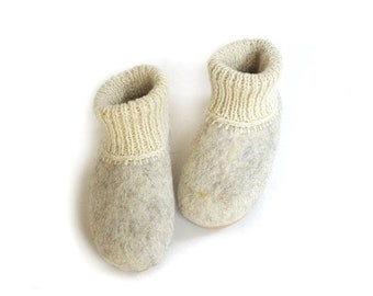 SPRING SALE Eco friendly felted slippers with soles
