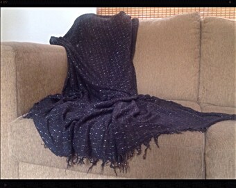 Black and silver light knit throw