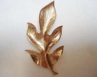 Vintage Jewelry Brooch Pin Gold Oak Leaf