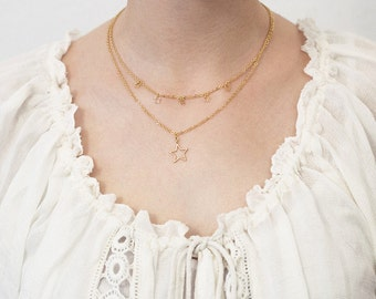 Layering necklace stars