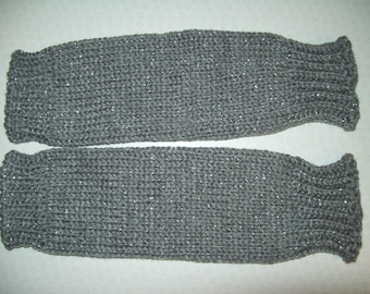 MEDIUM Girls' Chunky Knit Leg Warmers. Silver-grey sparkle