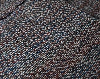 "Delicate handwoven fabric, 16"" x 106"""