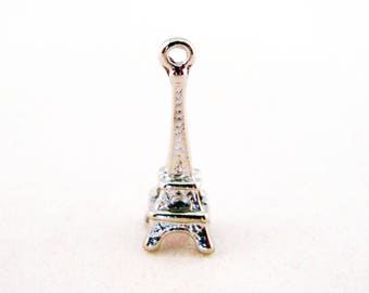 BVV13 - 24mm silver plated Paris Eiffel Tower charm pendant