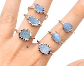 14K GOLD AQUAMARINE Ring // crystal ring / Aquamarine gold ring / March Birthstone / Aquamarine ring / boho ring / raw Aquamarine ring