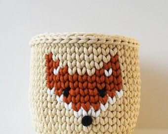 Crochet basket fox knitted squirrel fruit bowl desk organizer toy storage nursery decor Scandinavian Nordic style medium size beige brown
