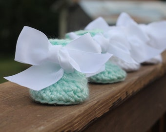 Baby Booties - Crochet Baby Shoes - Baby Shower Gift Idea - Baby Girl Booties- Big Bows - Baby Boy Booties - Newborn Shoes - Booties
