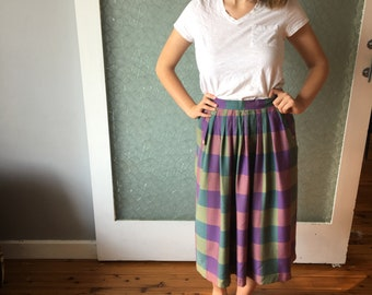 1970s Checked Midl-ength Skirt