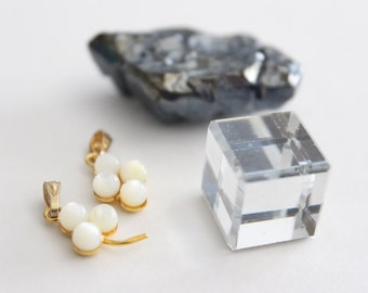ONLY LOT - Vintage mixed jewelry craft components (4)