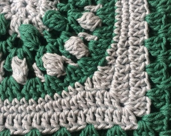 Handmade crocheted cotton pot holder (green / blue)