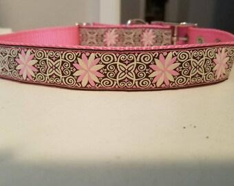 "1"" Embroidered Pinwheel Flower Design Collar (Pink/Brown)"