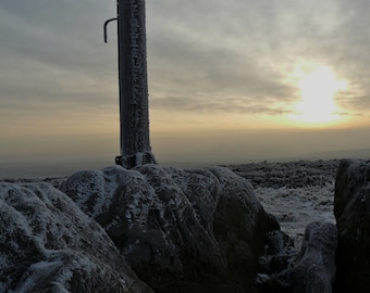 Stanage pole  hoar frost