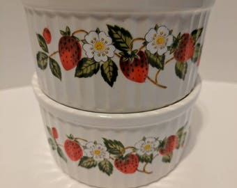 Strawberries 'n Cream ramekins set of 2
