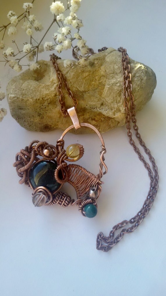 Copper wire heart pendant with natural gems on long copper