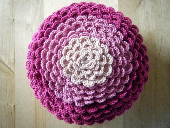 DIY Crochet Pattern: flower pillow round pillow cover