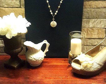 Beautiful Gold & Ivory Necklace