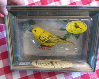 Takara Animated Eastern Yellow Warbler with Authentic Songs w/ free ship