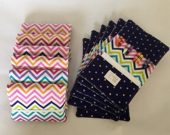 Set of 12 Crayon Wallets, 8 Crayons and Notepad Included, Crayon Holder, Birthday Party Favors, Kids Wedding Favors, Triangles and Arrows