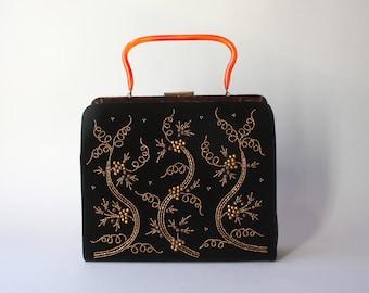 1950s Purse / Vintage 50s Beaded Velvet Frame Bag / 50s Souré Copper Beading Lucite Handle Purse