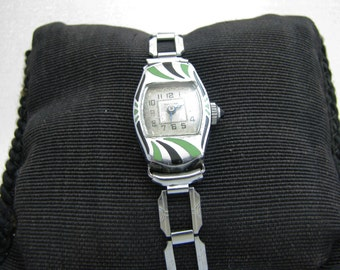 a959 Beautiful 1920's Women's Green & Black Enamel Watch in Stainless Steel