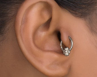 Sterling Silver Daith Piercing. Tragus Earrings. Cartilage Hoop. Ear Tragus. Helix Earring