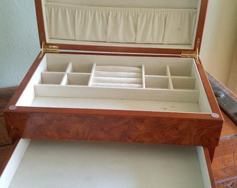 Vintage Mele Faux Wood Pattern 2 Tier Jewelry Box Used Great condition