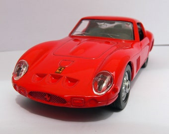 Ferrari 250 GTO from 1962 . Shell collection .