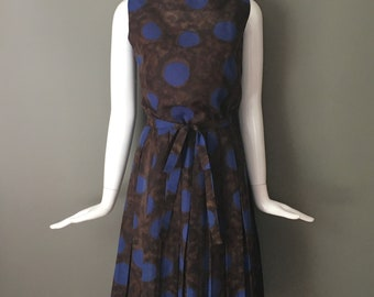 Lovely Vtg 50s Espresso Brown Lapis Blue Playful Print Oversize Polka Dots Pleated Silk Blend Day Dress M L Matching Belt