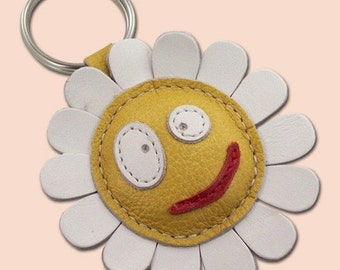 White daisy flower leather keychain