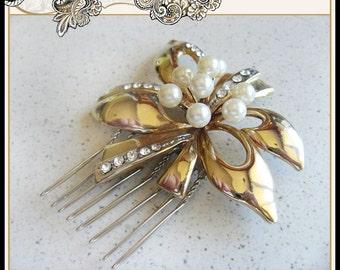 Wedding Vintage Hair Comb Rhinestone Gold Tone Bow Pearl Center Bridal Prom Christmas