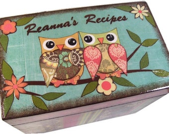 Recipe Box, Wood Recipe Box,Personalized Recipe Box, Owl Recipe Box, Wedding Recipe Box, Bridal Shower Box, Holds 4x6 Cards, MADE TO ORDER
