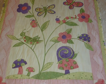 Tiny Creatures Baby Quilt - FREE SHIPPING