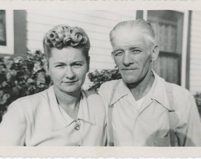 "Vintage Snapshot Photo: ""Helen & Robert, Christmas Day 1950"" (712629)"
