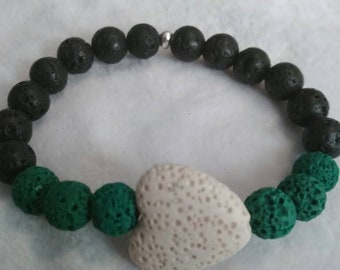 Aromatherapy bracelet with green accents
