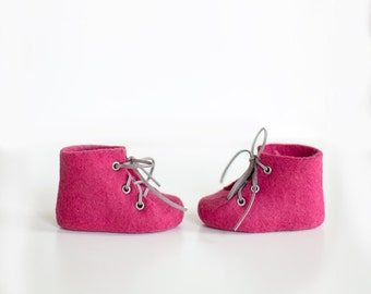 Baby's first shoes | Merino wool infant boots | Felted newborn booties in raspberry deep pink magenta for little girl