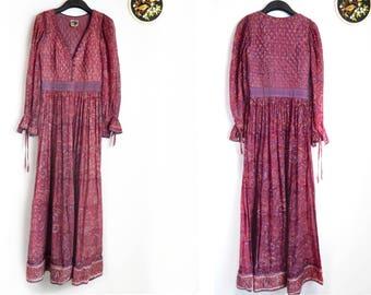 Cotton gauze dress Boho dress vintage Indian cotton gauze kaftan handprinted floor length red block printed hippie red print Festival dress