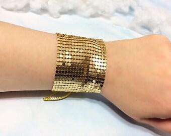 Gold disco cuff bracelet, metal mesh cuff bracelet 1970s disco bracelet gold disco jewelry 70s mesh bracelet disco party gold bracelet retro