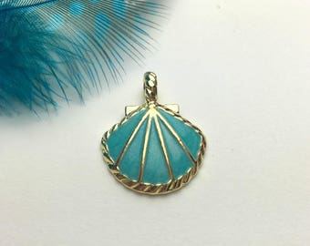 Seashell light turquoise and gold tone and enamel 20mm x 25mm