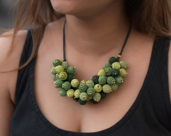 Samoolam Handmade Green Bouquet Necklace for Women and Girls