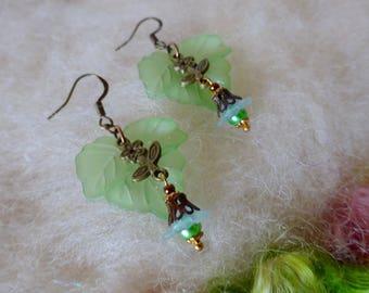 Green Leaf Earrings Lucite Flower Earrings Boho Hippie Flower Farmer Small Dangle Earrings