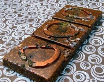 Quantum ARTISAN CHOCOLATE BAR - Guatemalan 43% milk chocolate, cacao nibs, cinnamon, tea, crispy puffed quinoa