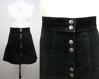 1970s Suede Skirt / 70s Black Mini Skirt / Button Front / Enjoy Vintage / Size Medium / M L
