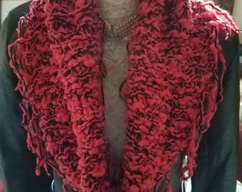 Infinity scarf with fringe