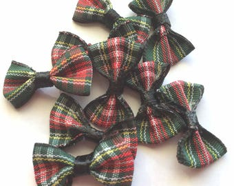 bow fabric Plaid green, red color