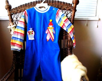 Retro vintage 70s cotton blend ,delicate knit, romper , bodysuit with a long ssleeve and clown applique. Made by Grab Bag. Size 24 Month.