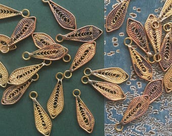 Vintage Filigree Leaf Findings, Tiny Leaf Charms, 20Pcs